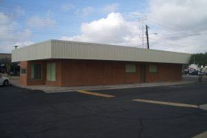 209 W Southern Ave, Tempe AZ 85282 Restaurant/Bar Building