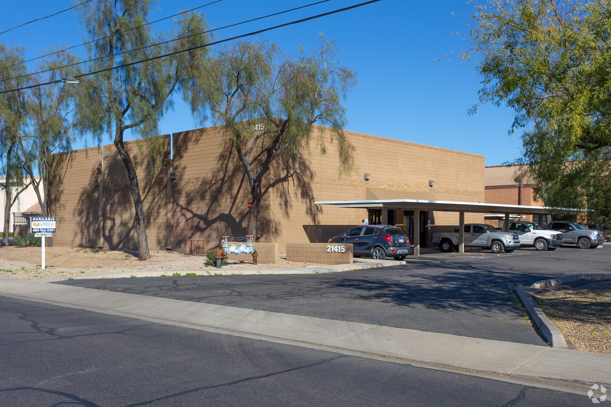 21415 N 23rd Ave, Phoenix AZ 85027 Industrial Warehouse