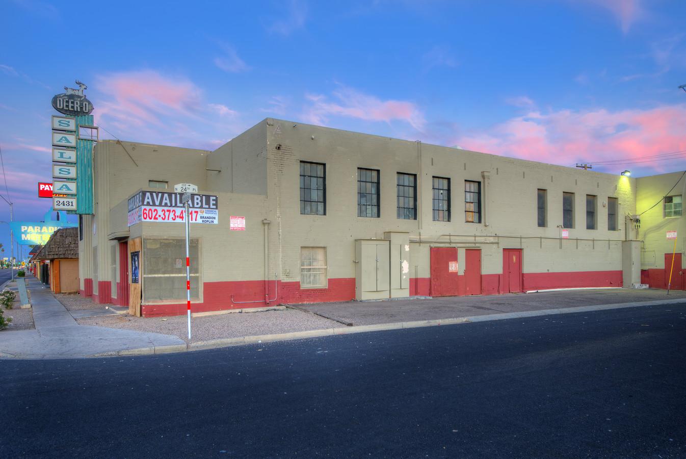 2431 E Van Buren St, Phoenix AZ 85008 Industrial or Retail Building