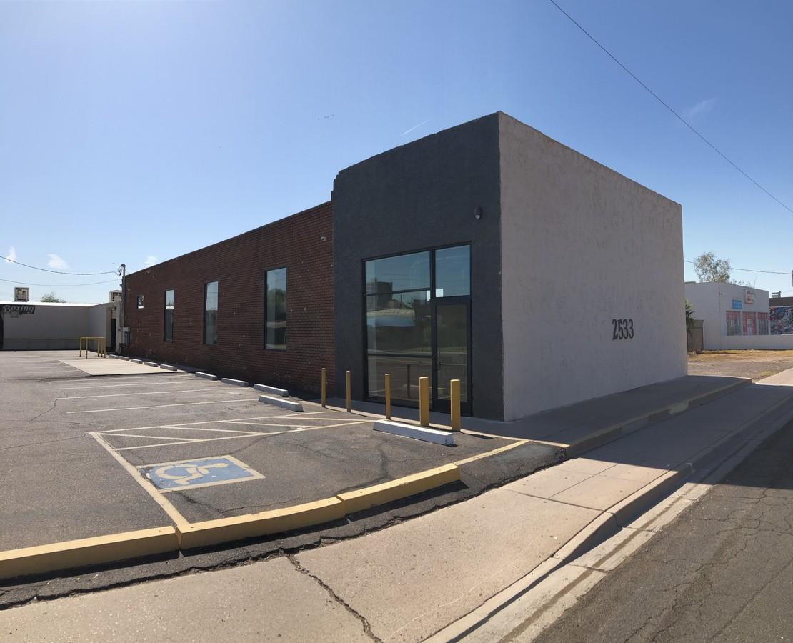 2533 N 16th St, Phoenix AZ 85006 Commercial Retail Space