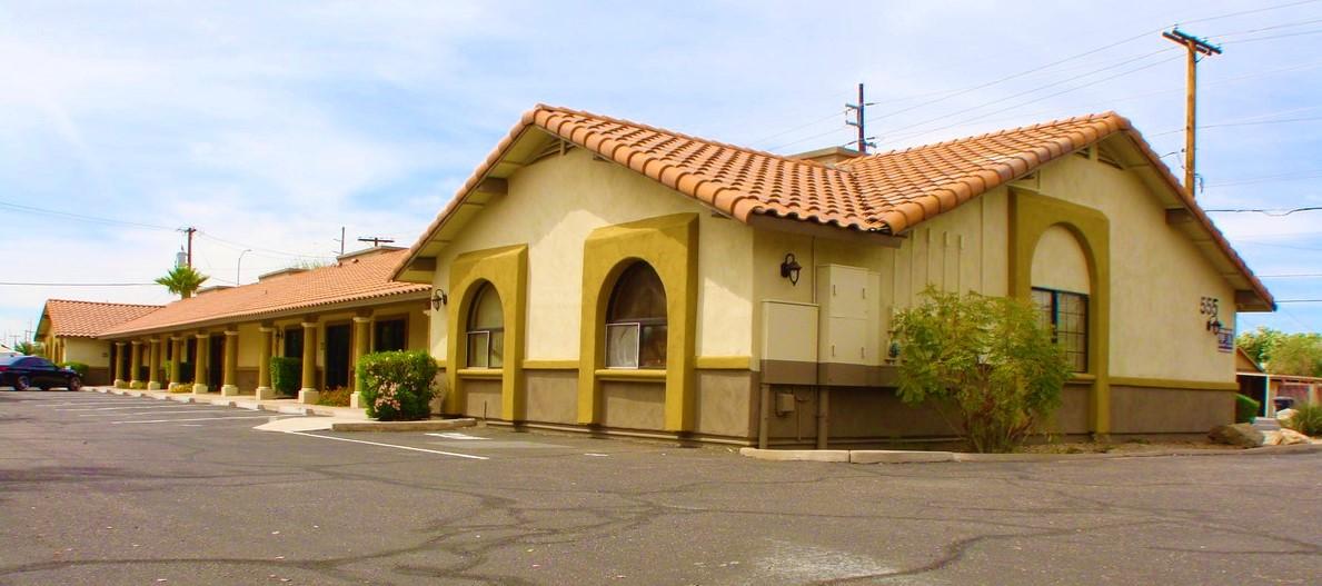 555 W University Dr, Mesa AZ 85201 Office Building