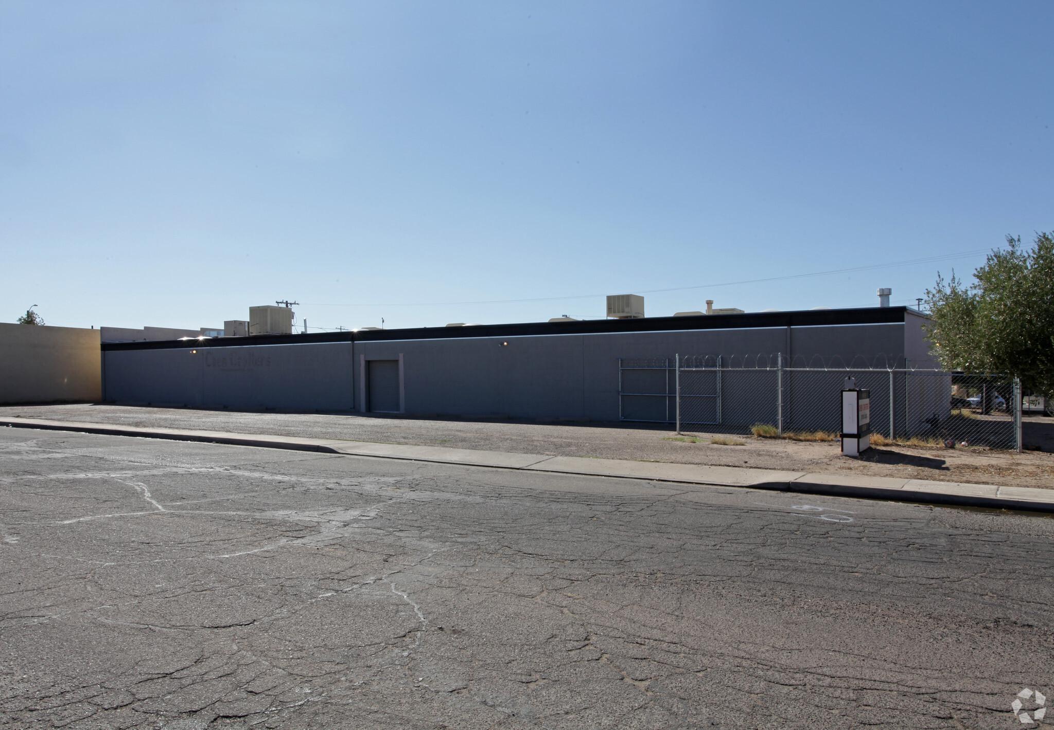 601 E 1st St, Casa Grande AZ 85122 Industrial Building
